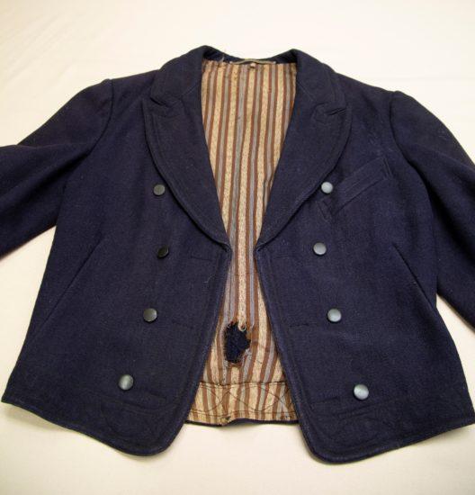 gammel rundtrøye jakke